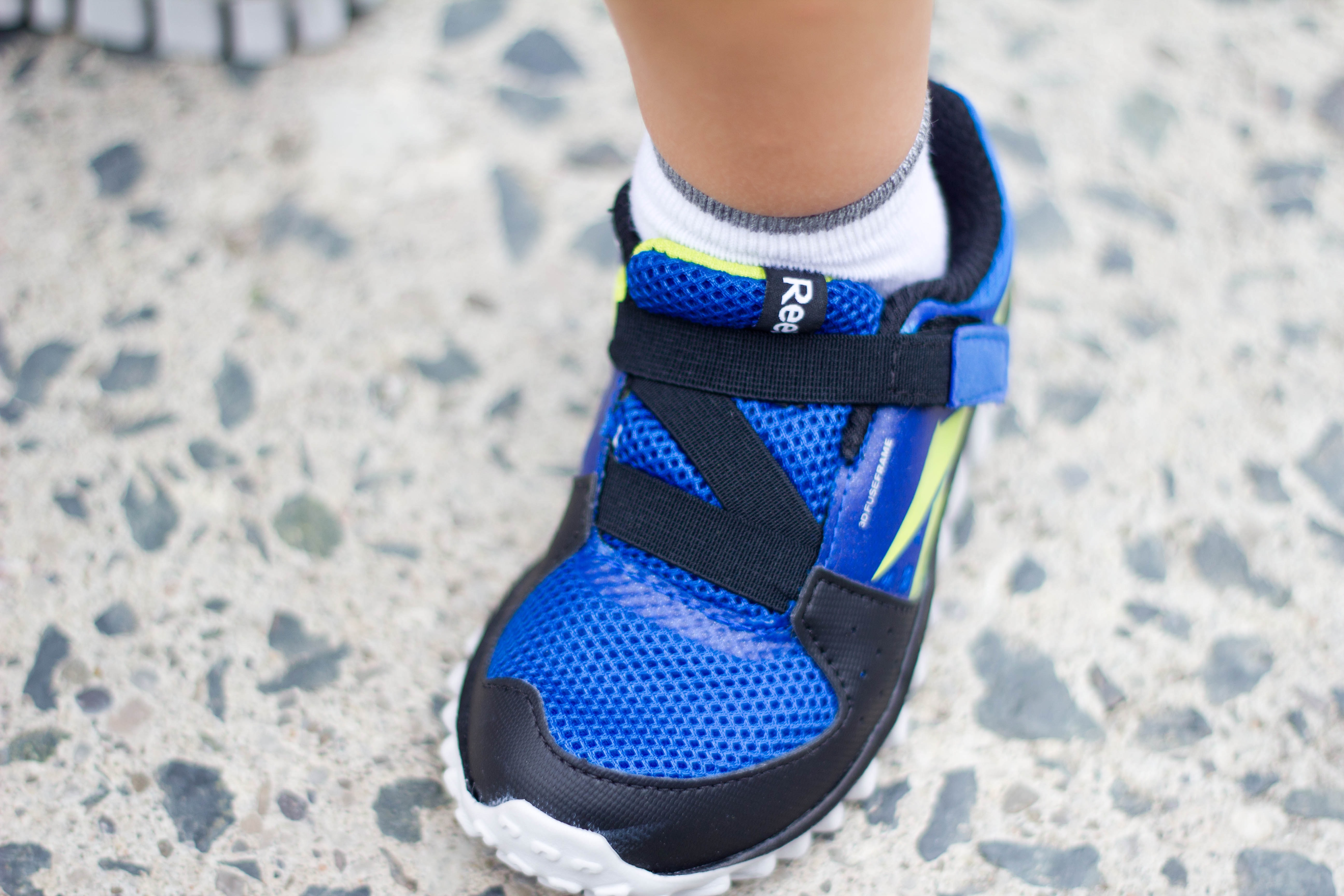 reebok kids running shoes