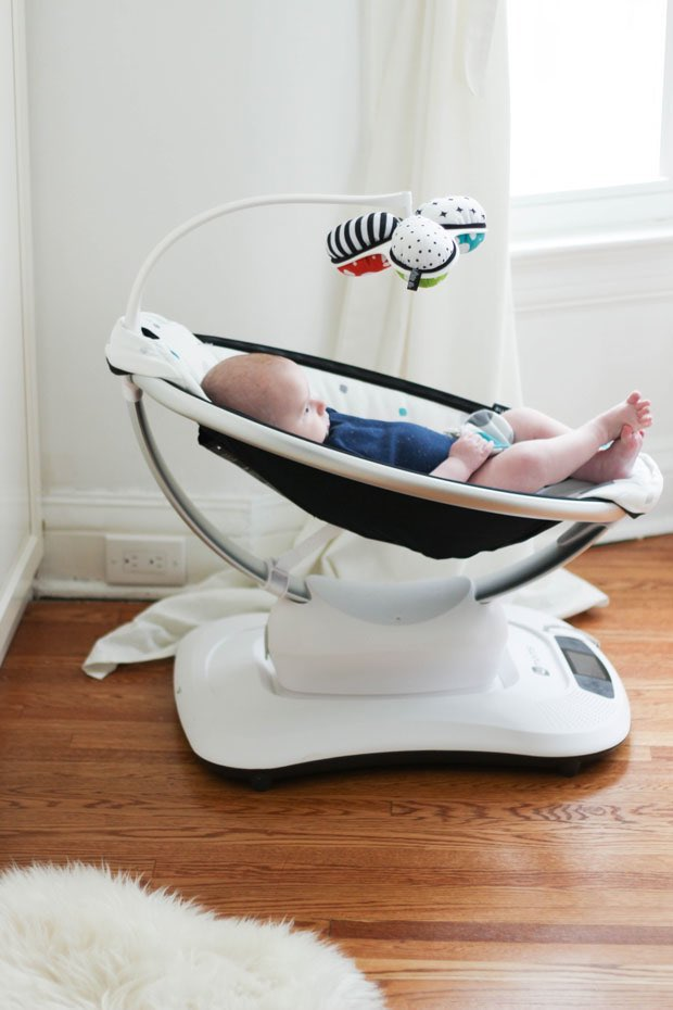 the-new-mamaroo-giveaway-5
