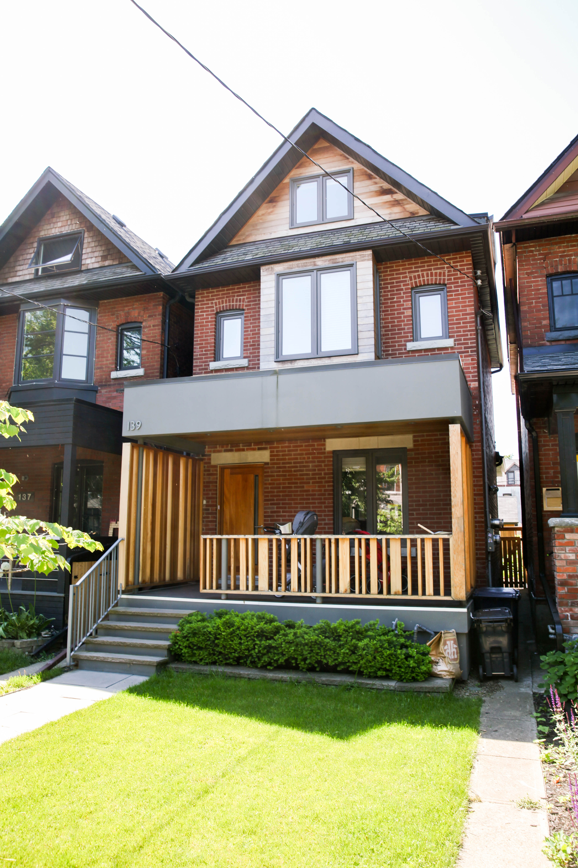wood-and-metal-modern-porch